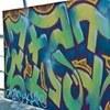 Художники выполнили свои работы на холстах оргалита, где множество красок слилось в единое целое.