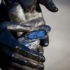 Личные номера (жетоны смерти) погибших друзей - часть скульптурной компзиции памятника. Номера на жетонах принадлежат реальным военнослужащим, погибшим в бою